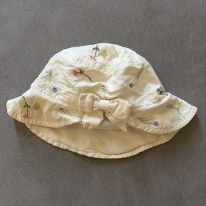 Gymboree Embroidered Baby Beach Hat 0-6 months